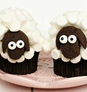 kids farm cupcakes