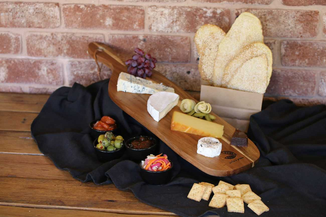 Tgif Cheese Platter Generously Serves 2 3 Local Pick Up Only Julies Place